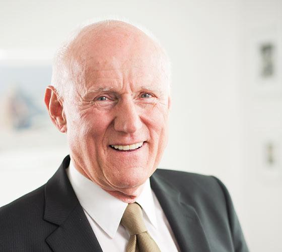 Porträt-Foto Dr. Rudolph Meindl